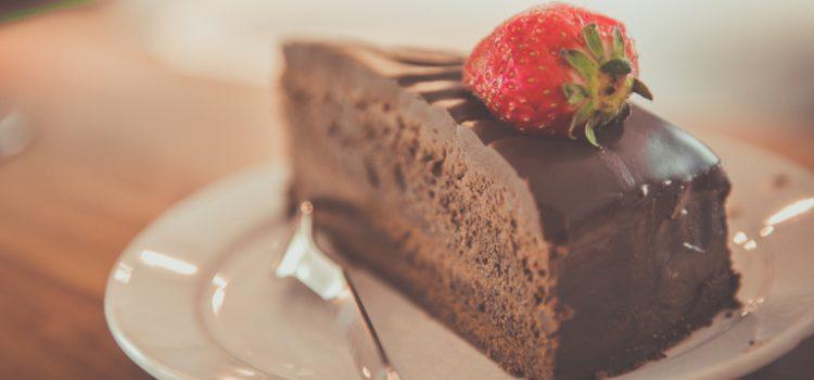 KOLAČI BEZ BRAŠNA: Pronašli smo recepte za čokoladne i zdrave kolače koji ne debljaju